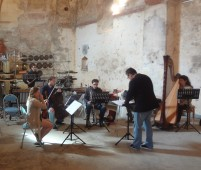 Ecce Ensemble Rehearsing